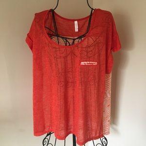 Xhilartion Short Sleeve Shirt Size XXL
